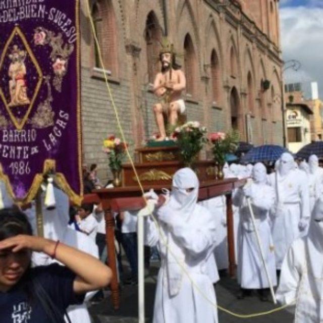 Procesión Señor del Buen Suceso en Riobamba